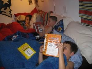 designtrackmind, caught in the act ... of reading, pragmatic mom