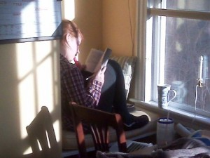 caught in the act of reading twitter friend pragmatic mom pragmaticmom.com
