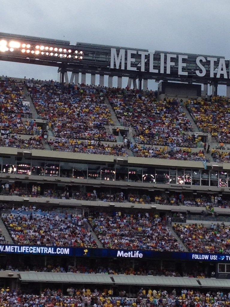 Argentina verus Brazil 2012, MetLife Staduim