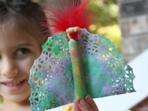 Turkey doily craft for kids, Kiwi Crate