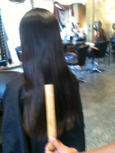 donating hair, girls donating hair to locks of love