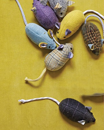 make your own catnip mouse, diy catnip mouse