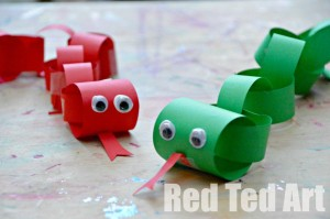 chinese new year snake craft for kids, paper chain snake craft, chinese new year's party