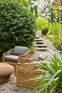 img_outdoorlivingroom_ss7