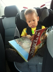 backseat reading, kids reading