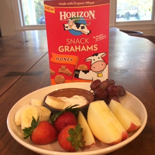 Horizon Oraganic Snack Grahams healthy school party fruit and dip snack