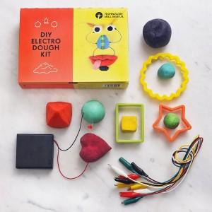 DIY playdoh kit