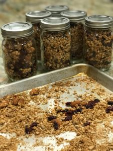 homemade granola to gift