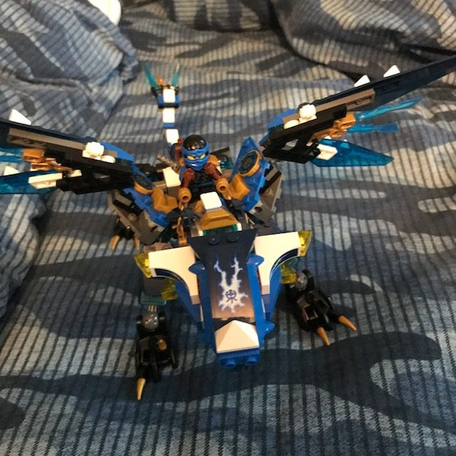 lego kit that shoots things