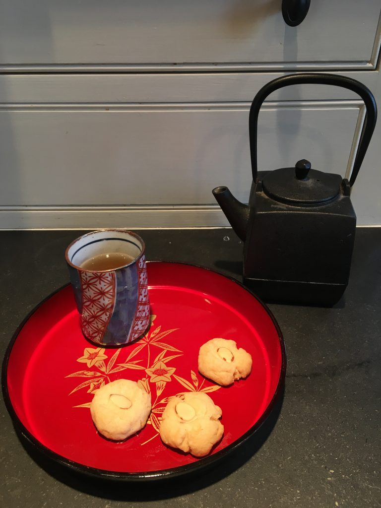 almond cookies and tea