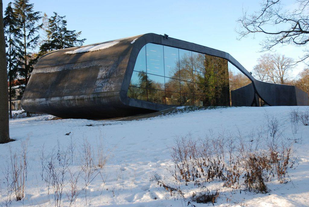 Zaha Hadid Extension of Ordrupgaard Museum, Copenhagen, Denmark (2001–2005)