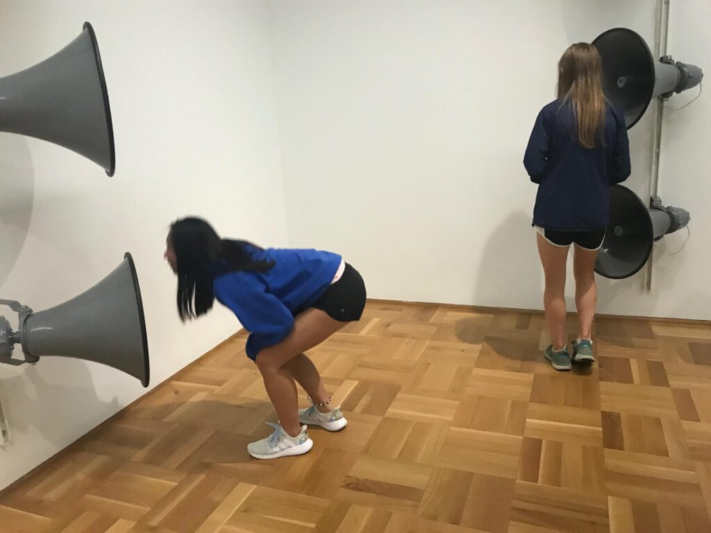 kids interacting with art MCA Chicago