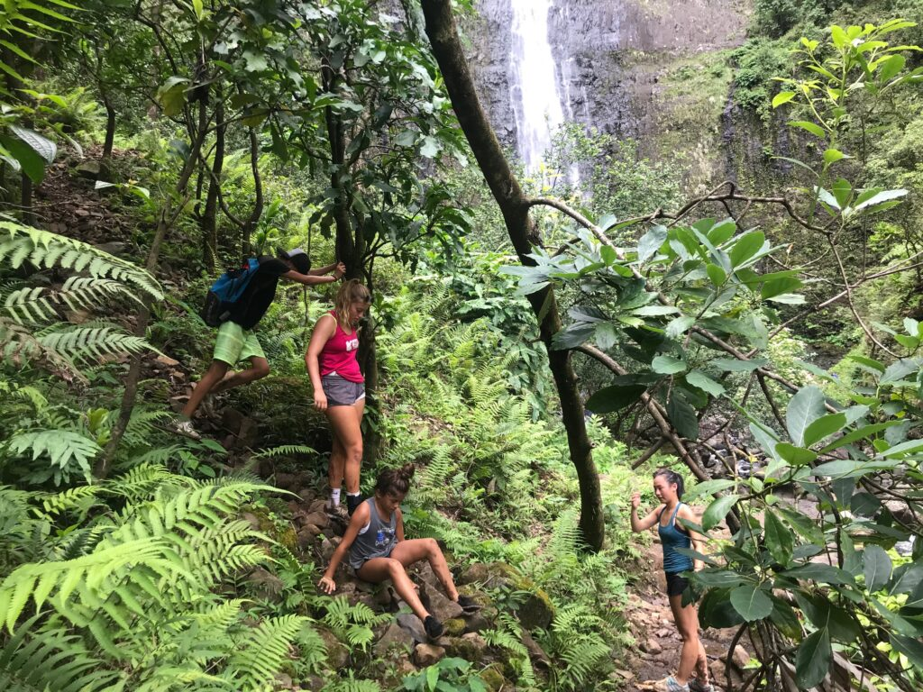 8 mile hike in Kauai family challenge