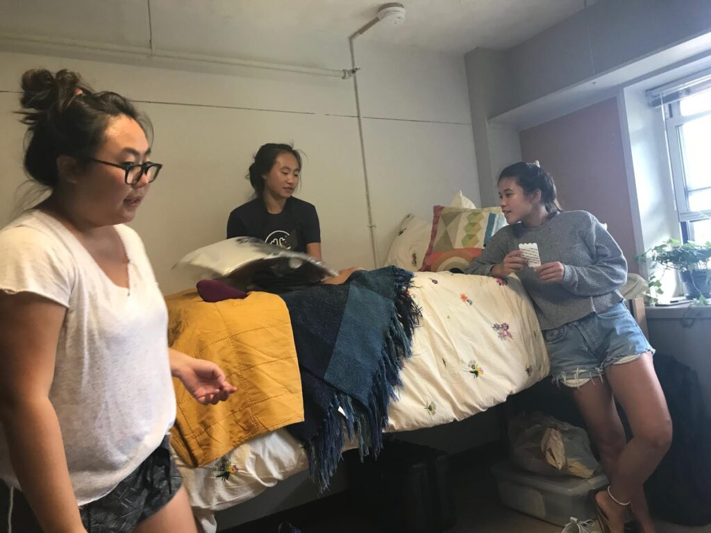 RISD dorm move in
